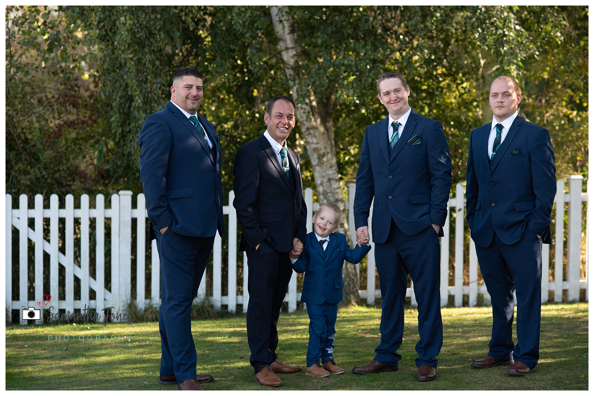 bride and groom twilight wedding groom party