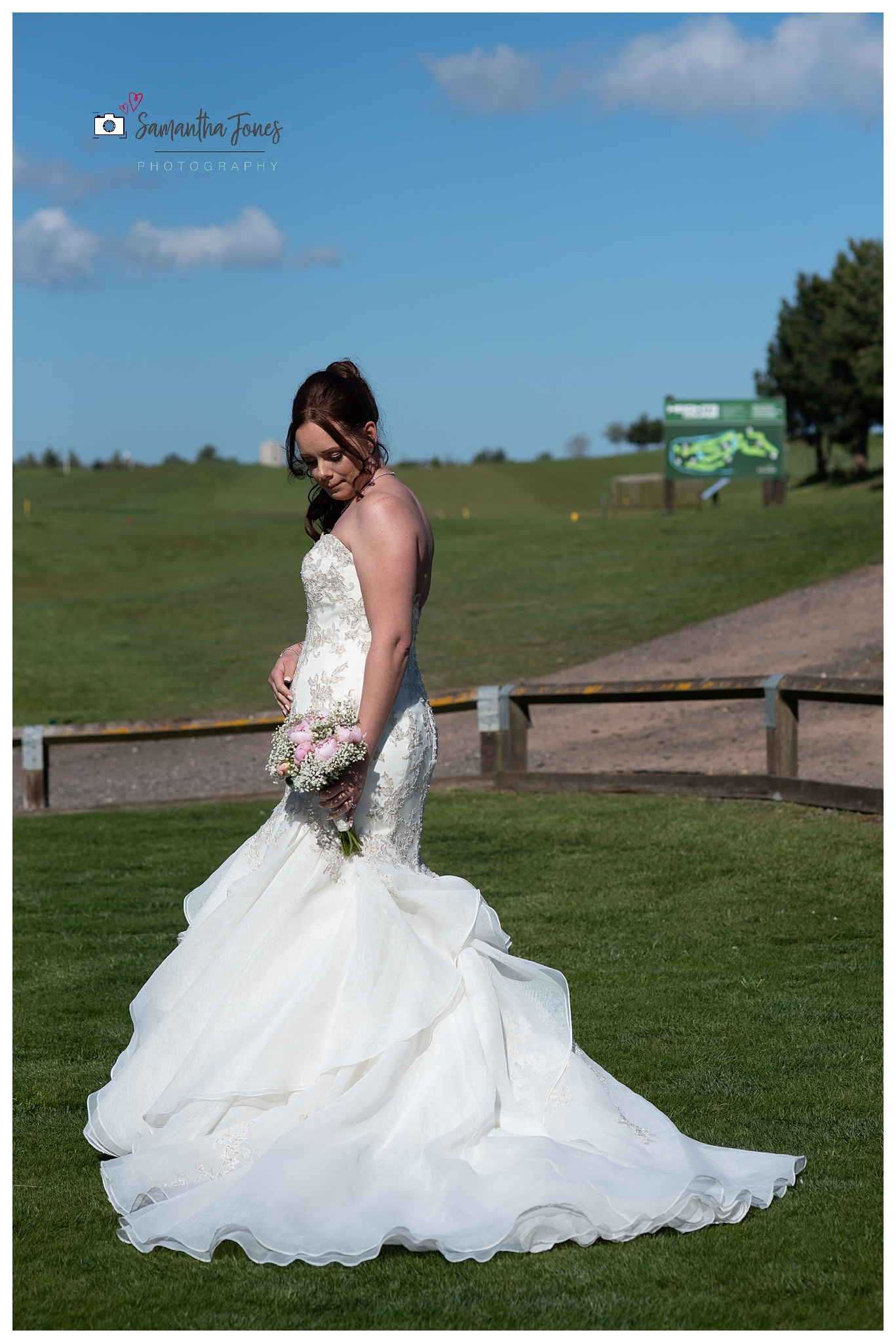 Emma and Aaron twilight wedding at Stonelees bridal portrait