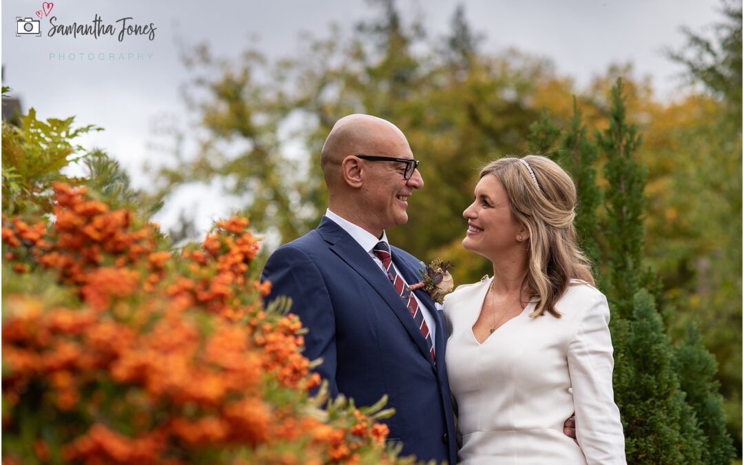 autumn wedding with bright colours